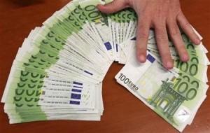 Pôžičky si berte len od serióznych firiem a vyhnite sa podvodníkom!